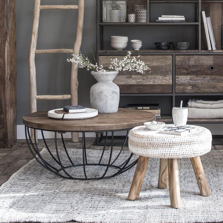 die besten 25 beistelltisch metall schwarz ideen auf pinterest wohnzimmertisch glas. Black Bedroom Furniture Sets. Home Design Ideas