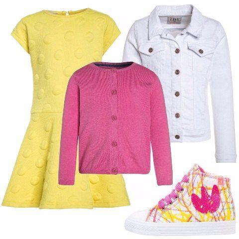 Vestito in cotone giallo con pois in rilievo. Cardigan slim con bottoncini. Giacca in jeans in tela bianca. Scarpa sportiva alta in pelle e tessuto con disegni e lacci.