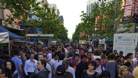 2013 - 2014 Twilight Hawkers Market Season | Perth City
