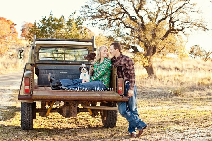 country couple shots - James, this will be us this spring with Sage girl!!