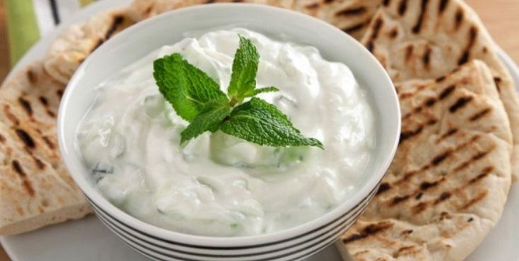 Tzatziki: salsa de yogur y pepino