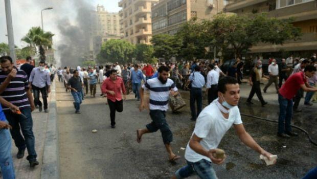 #Egitto: stato d'emergenza 124 morti almeno