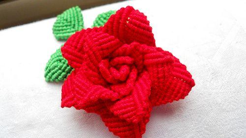 Rosa rossa | A macramè con cablè n. 5. | Anna Cenacchi | Flickr
