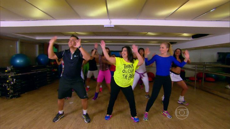 parte I http://gshow.globo.com/programas/estrelas/videos/t/programas/v/mariana-xavier-relembra-adolescencia-tinha-30kg-a-menos/4298980/ parte II  Só no passinho! Angélica e Mari Xavier fazem aula de Dance Mix http://gshow.globo.com/programas/estrelas/videos/t/programas/v/so-no-passinho-angelica-e-mari-xavier-fazem-aula-de-dance-mix/4298990/