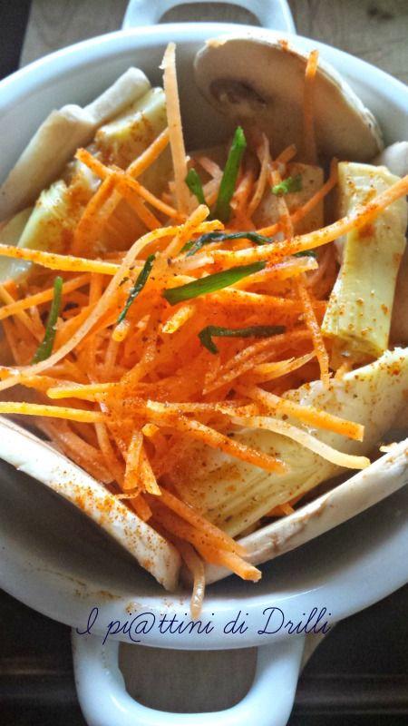 Carpaccio di champignon. Sliced mushrooms, artichokes,carrots & paprika.