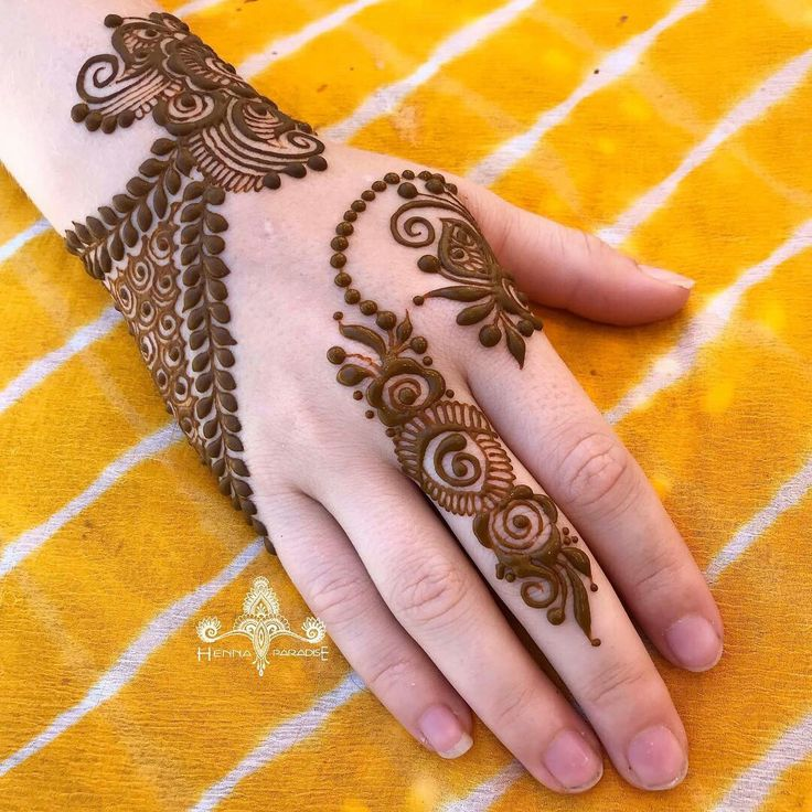@hennaparadise.com.au #henna #mehndi