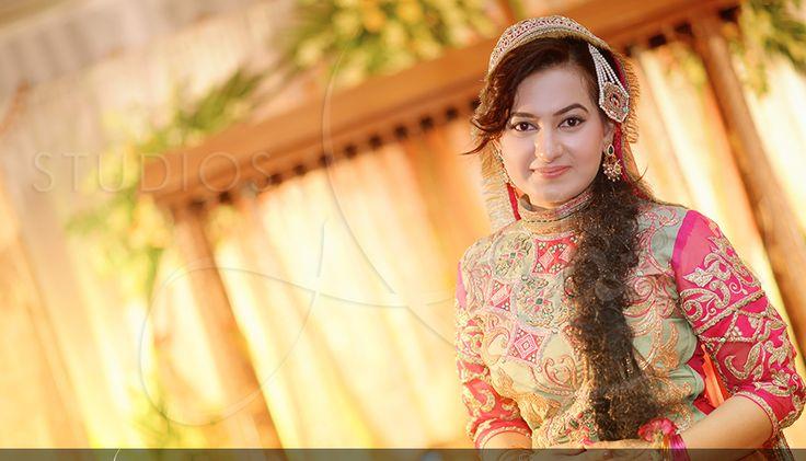 Pakistani Bridal Mehndi Dress Collection http://fashiondesignslatest2012.blogspot.com/2014/11/latest-bridal-mehndi-dresses-2014.html