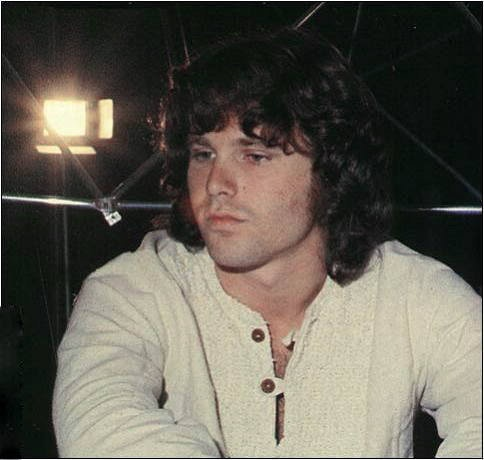 A Ship Of Fools : site francophone sur The Doors et Jim Morrison. Web site in French about The Doors and Jim Morrison.