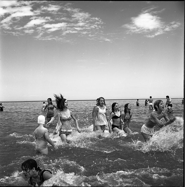 by Vivian Maier : Girls Wading in Lake Michigan, Wilmette, IL, July 1968