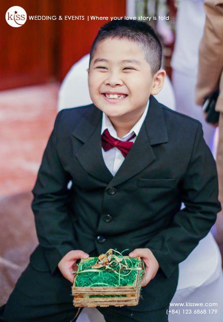 #weddingmoment #ringbearer #ringboy #smile