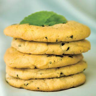 The lemon balm adds just a touch of sour to these ultra-sweet cookies.