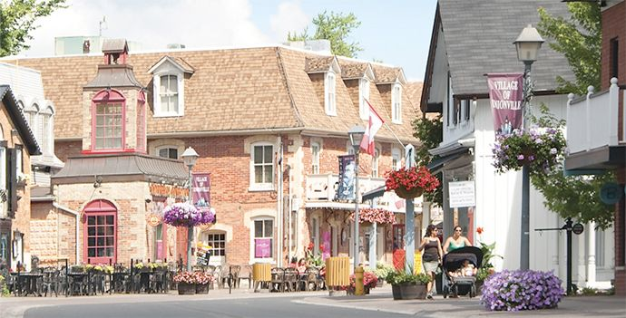 Unionville - superb shopping, food and festivals!  northeast corner of the Greater Toronto Area, in Markham, is a gem of a heritage village. There's plenty to discover up and down our charming Main Street. Stroll through these pages, then plan to spend some time with us.