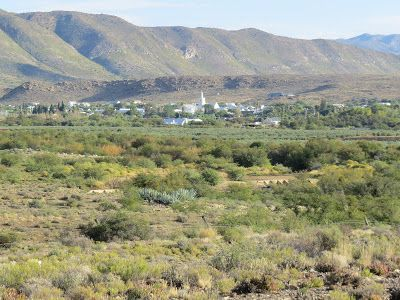 Karoo Hues: WATERKOP - AN 'ECO-ESTATE' ON THE EDGE OF TOWN   F...