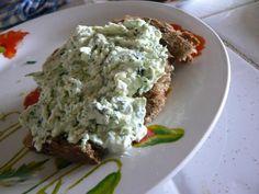 Recette lyonnaise : cervelle de canut : un merveilleux fromage frais avec des herbes aromatiques !