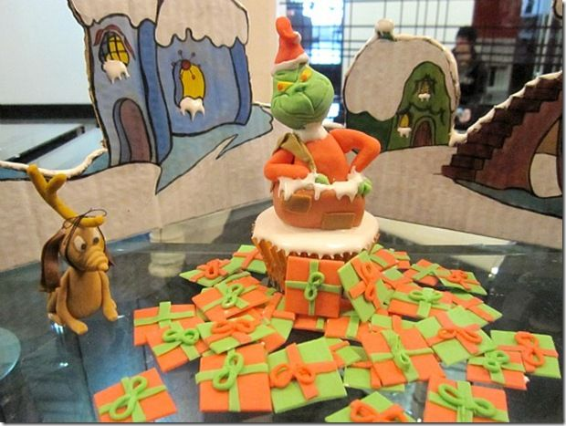 grinch stole christmas office decorations contemporary grinch how the grinch stole christmas cupcake seuss for