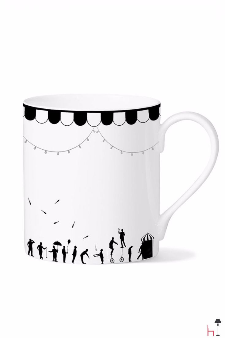 The Circus mug is a unique collectible for all mug lovers - and also for all those who love their breakfast or their afternoon tea to be enjoyed in style.