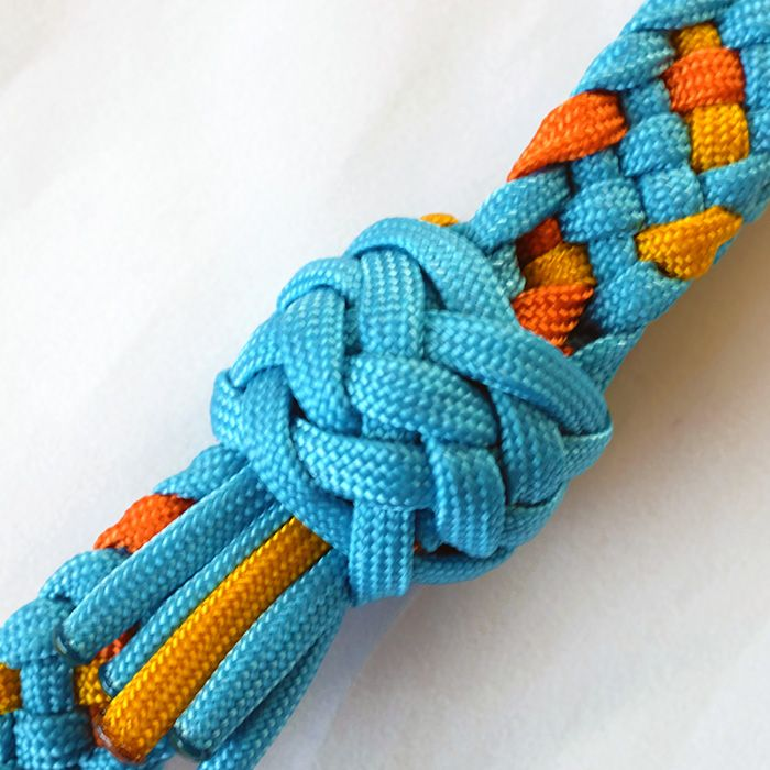 decorative knots with 550 cord - 700×700