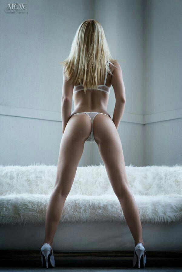 Amazing Hot Chic…, Sexy babe