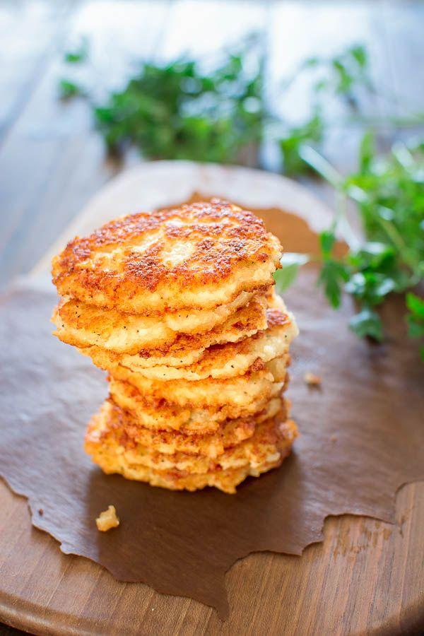 Olyan egyszerű, mégis hihetetlenül finom, ezek a klasszikus krumplis palacsinta nem szabad kihagyni!  ❤ COOKTORIA.COM