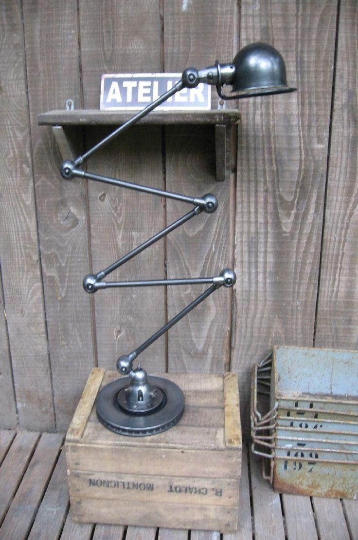 lampe jielde sur mesure sur www.orangemetalic.com mobilier industriel