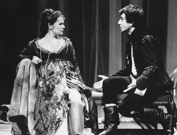 the lunatic lovers of william shakespeare in the plays a midsummer nights dream and twelfth night Twelfth night, in full twelfth night or, what you will, comedy in five acts by william shakespeare, written about 1600–02 and printed in the first folio of 1623 from a transcript of an authorial draft or possibly a playbook.