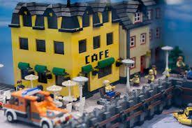 Google Αποτελέσματα Eικόνων για http://img09.deviantart.net/6479/i/2011/173/2/e/lego_town_boardwalk_by_electronwind-d3jo8oq.jpg