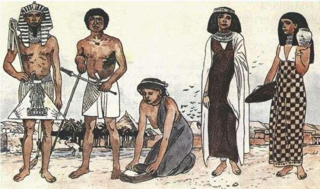 Одежда в Древнем Египте была очень функциональна. До Нового Царства мужчины пользовались драпировкой, прикрепленной спереди к поясу. В дальнейшем пояс с полоской был вытеснен передником – схенти, который представляет собой кусок ткани, средняя часть которого собранная в складки, прикладывалась спереди, остальная – оборачивалась вокруг тела, а свободный конец пропускался под средней частью. Передник носили и фараоны и земледельцы. Размер схенти был различный. Форма прямоугольная или…