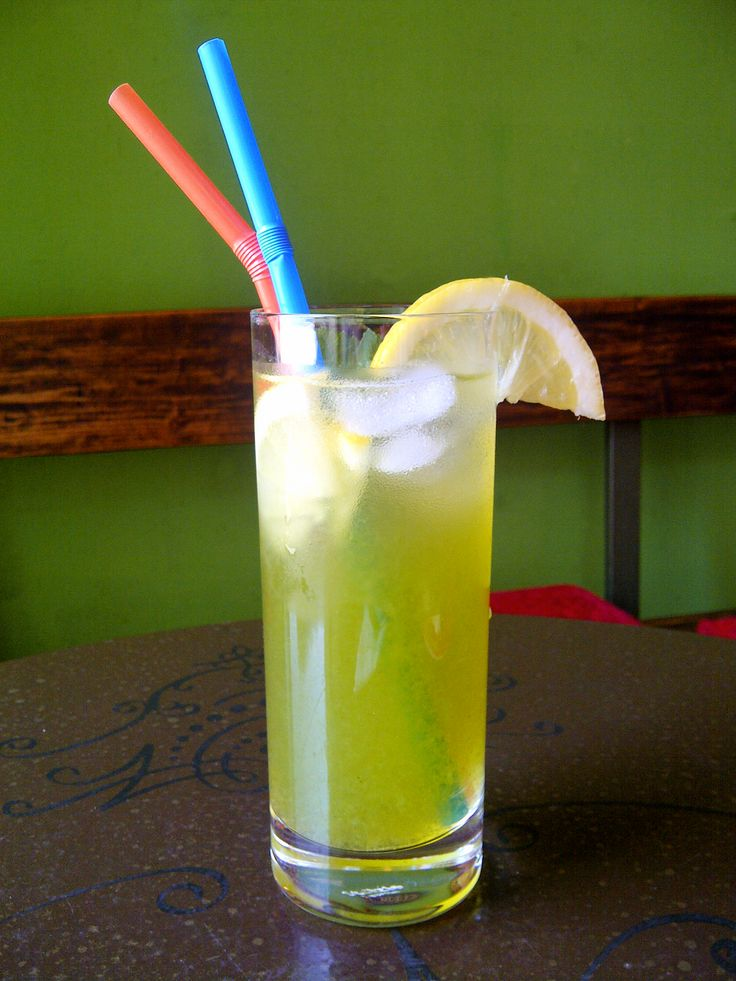 "A ""slim"" mint lemonade"