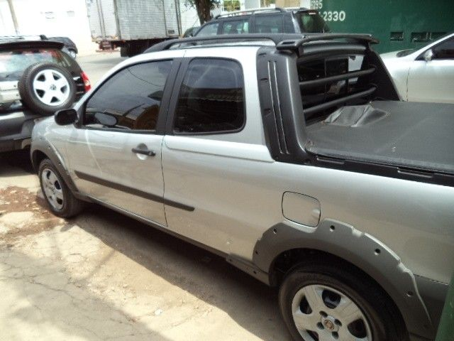 Fiat Strada Working Celeb.1.4 Fire Flex 8V CD 2010 Gasolina CONTAGEM MG | Roubados Brasil