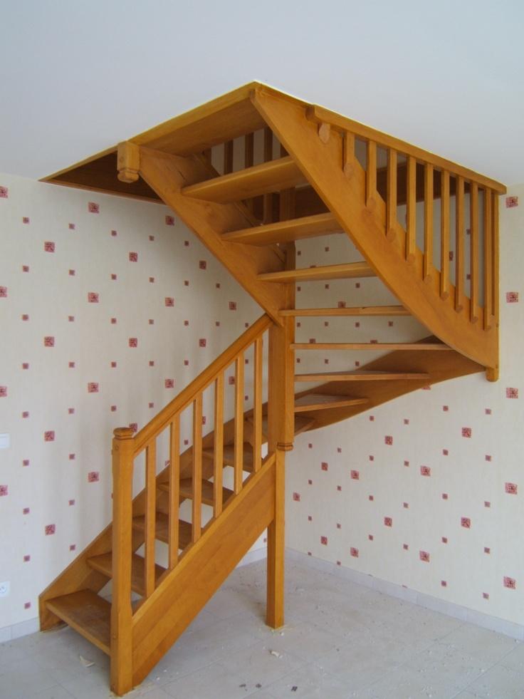Gamme traditionnelle escalier 1 2 tour en ch ne avec for Liner sur mesure avec escalier