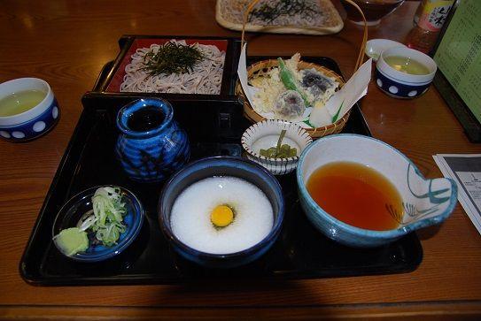 東京・三鷹・深大寺:蕎麦「嶋田家」とろろと天ぷらのそば