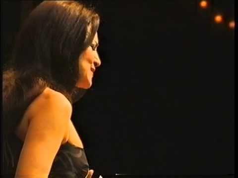 (10) Angela Gheorghiu - Gluck: O del mio dolce ardor - Barcelona 2004 - YouTube