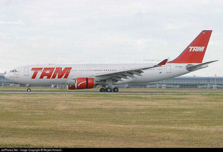 TAM Linhas Aéreas Airbus A330-223