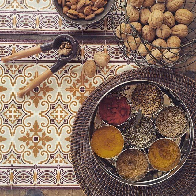 #BeijaFlorWorld  Jaffa Placemat P-Y2 Beija Flor Tableware Collection www.beijaflorworld.com