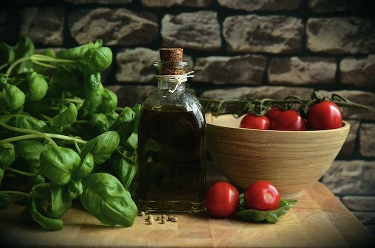 Vegetarische Gastronomie wird immer wichtiger  Das Branchen-Update von wodanaz.  Diesmal mit vegan-vegetarischer Zusatzqualifikation der IHK Darmstadt, dem Veggie-Trend und dem bayrischen Schulfruchtprogramm.   Weiterlesen unter: https://wodanaz.de/users/dominique-hill-1/posts/122-vegetarische-gastronomie-wird-immer-wichtiger  #Veggie #Vegan #Gastronomie #Weiterbildung #Schulfruchtprogramm