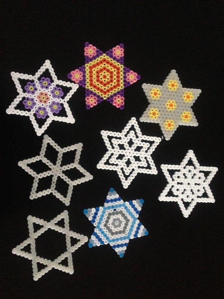 Stjerner / stars med Hama perler / beads.
