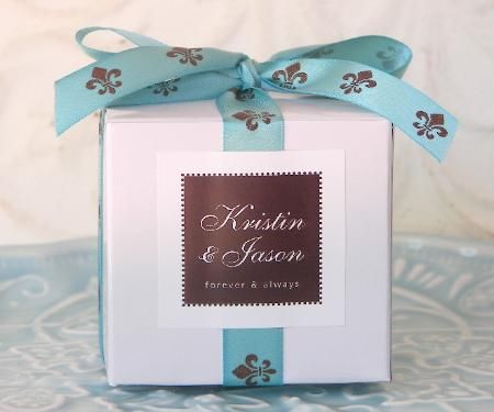 wedding cupcake favors | ... your individual cupcake favors at your wedding reception or party