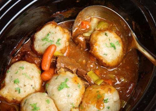Beef casserole with dumplings in slow cooker recipe