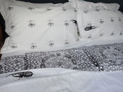 humana fragilitas, SOGNARE AD OCCHI APERTI, screenprinted sheets