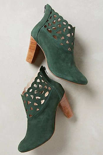 emerald booties ~ color eh, design perfect