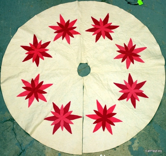 Im Dreaming Of A Pink Christmas Vintage Tree Skirt