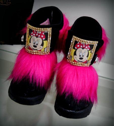 Χειροποίητα μποτάκια στολισμένα με την αγαπημένη μινι μαους  http://handmadecollectionqueens.com/Παιδικα-μποτακια-στολισμενα-με-την-μινι-μαους  #handmade   #fashion   #kid   #footwear   #boots   #storiesforqueens