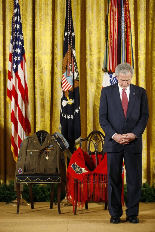 MEDAL OF HONOR CEREMONY | ... Medal of Honor, posthumously, in honor of Master Sgt. Keeble's