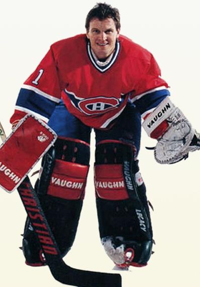 Rolland « Rollie » Melanson est un gardien de but originaire de Moncton au Nouveau Brunswick. Il a été sélectionné en 3e ronde (59e) par les Islanders de New-York au repêchage de 1979. Il fait son entrée dans la LNH au cours de la saison 1980-81 alors que l'équipe newyorkaise s'apprête à remporter la deuxième de quatre coupes Stanley consécutives. Il partage alors le filet avec le futur membre du Temple de la renommée, Billy Smith. Melanson voit son nom apparaître 3 fois sur la précieuse…