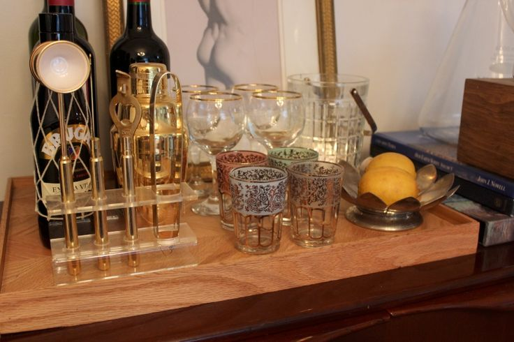 How to style a bar tray