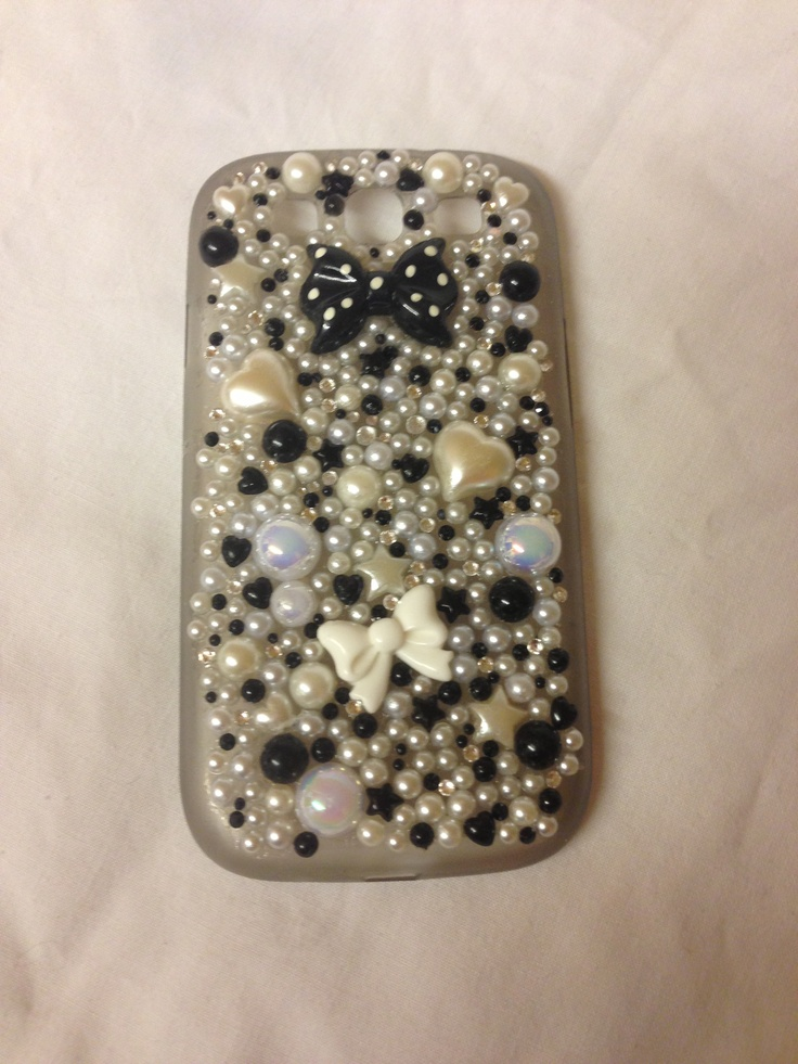 Pearl & now phone cases from £15 info@sparklesbysam.co.uk xx