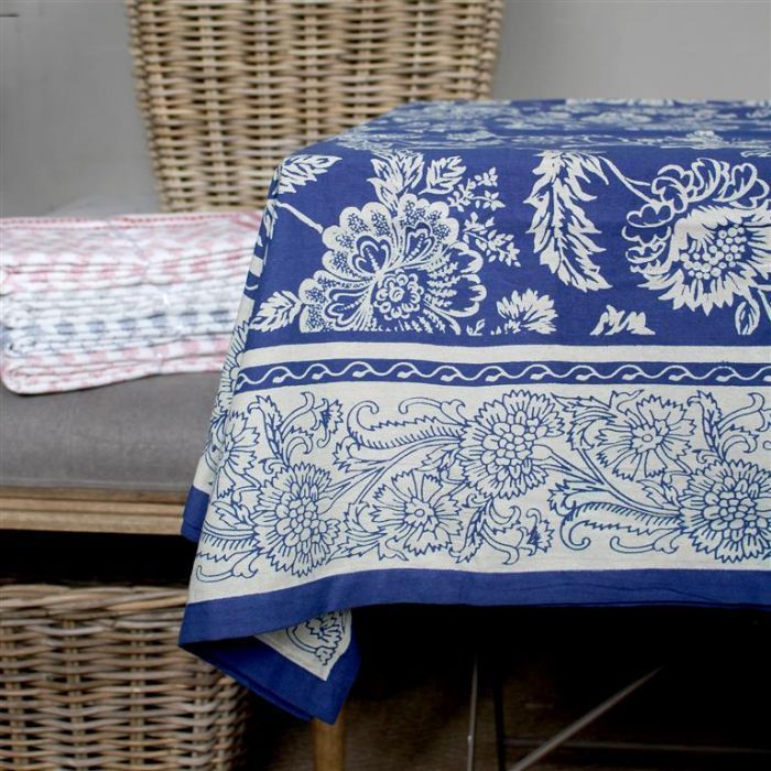 Our new table linen range is in store now! Bold table settings abound! #tablesetting #tablelinen
