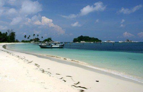 Pantai_Tanjung_Kelayang_5.jpg