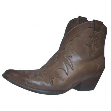 Je viens de mettre en vente cet article  : Santiags, bottines, low boots cowboy Sartore 180,00 € http://www.videdressing.com/santiags-bottines-low-boots-cowboy/sartore/p-4789009.html?utm_source=pinterest&utm_medium=pinterest_share&utm_campaign=FR_Femme_Chaussures_Bottines+%26+low+boots_4789009_pinterest_share