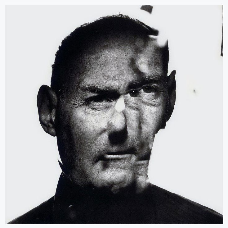 Irving Penn - Self-Portrait in a Cracked Mirror (1948)